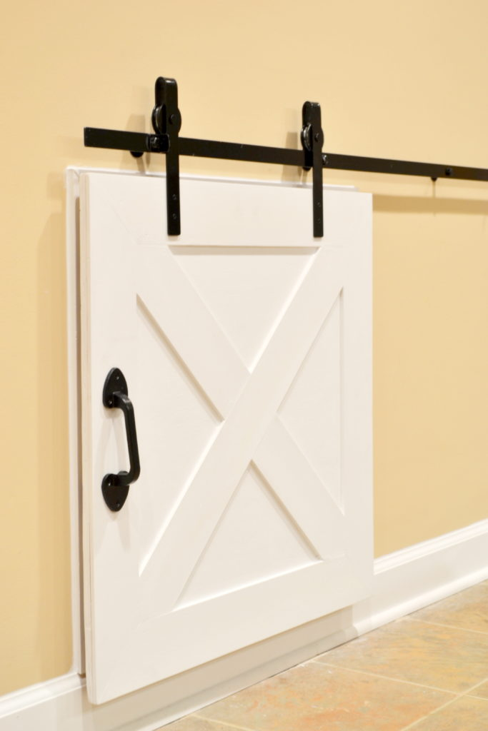 Diy Crawl Space Barn Door The Cofran Home
